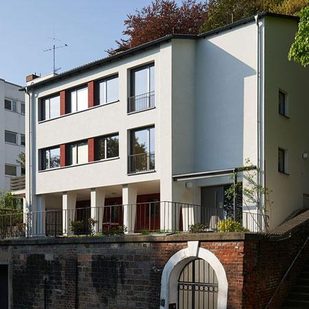 energetische Sanierung mit WDVS an einem Wohnhaus in Saarbrücken - Saarland